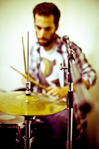 Pablo Sánchez, batería.