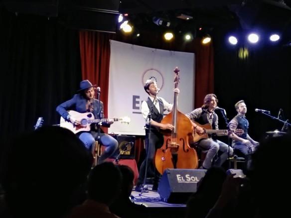 Santero y Los Muchachos en la sala El Sol.