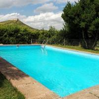 Truman en la piscina